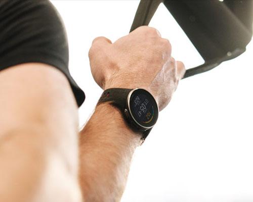 4597f6820 ... esto hace que sea un reloj mucho más ligero y duradero. Este será tu  mejor aliado en tus entrenamientos/competiciones de triatlón, maratón…
