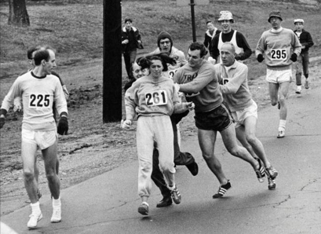 primera mujer en una maraton